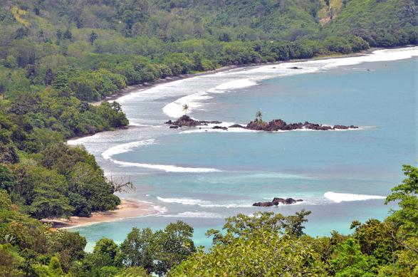 8 - Pantai Batu Suluh - Tempat Wisata di Lampung - Yopie Pangkey