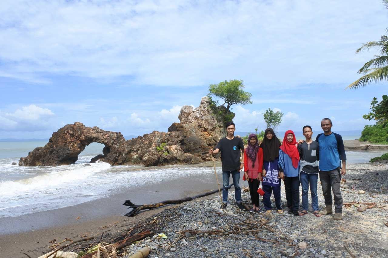 Pantai Karang Bolong Tanggamus - hasil foto nikon 1 j5 - Yopie Pangkey - 1