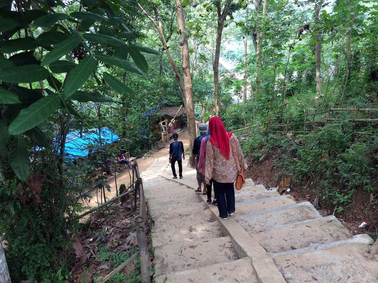 bukit pangonan - tempat wisata di pringsewu - yopie pangkey - 19