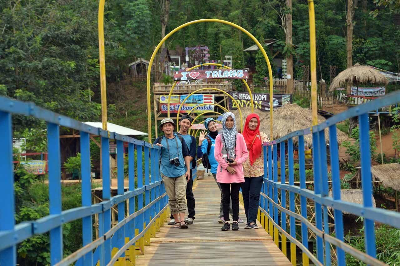 bukit pangonan - tempat wisata di pringsewu - yopie pangkey - 5