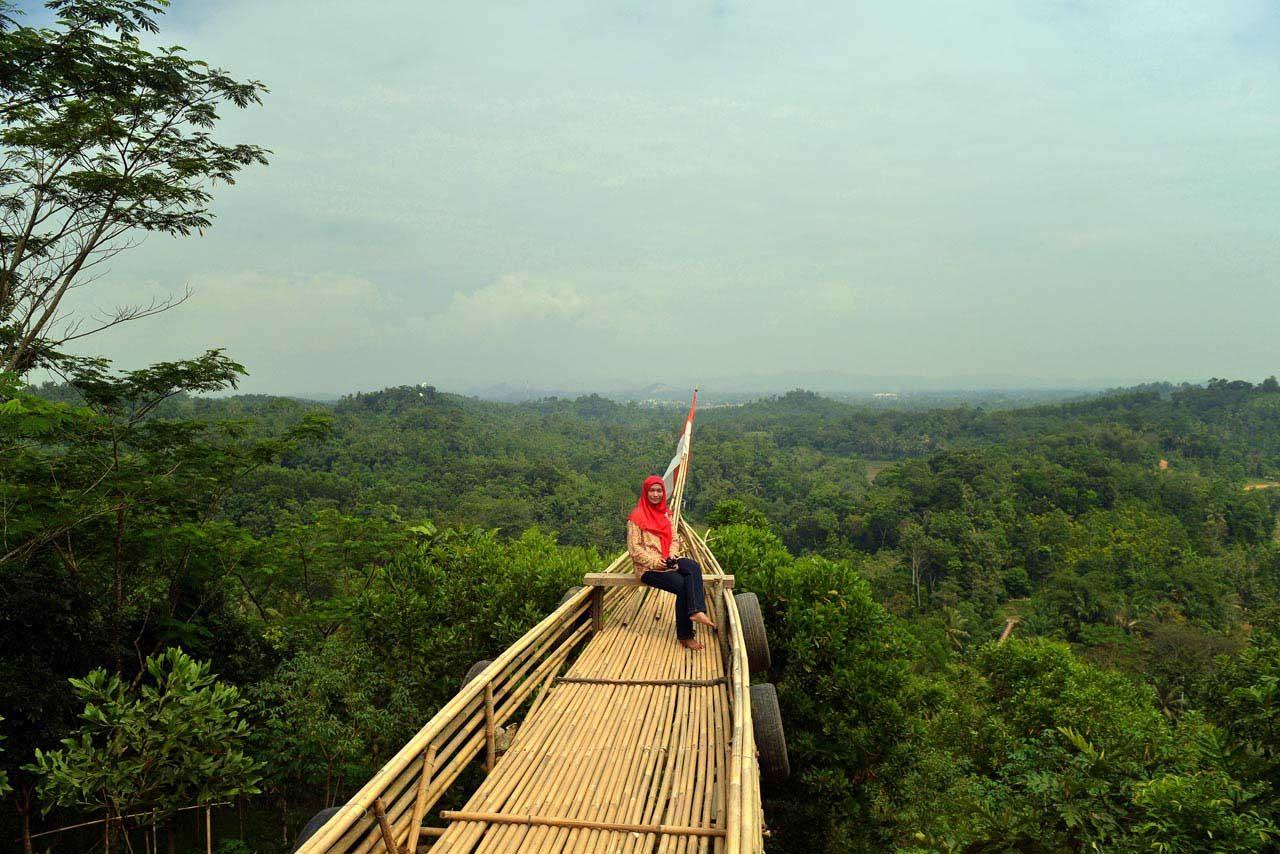 bukit pangonan - tempat wisata di pringsewu - yopie pangkey - 9