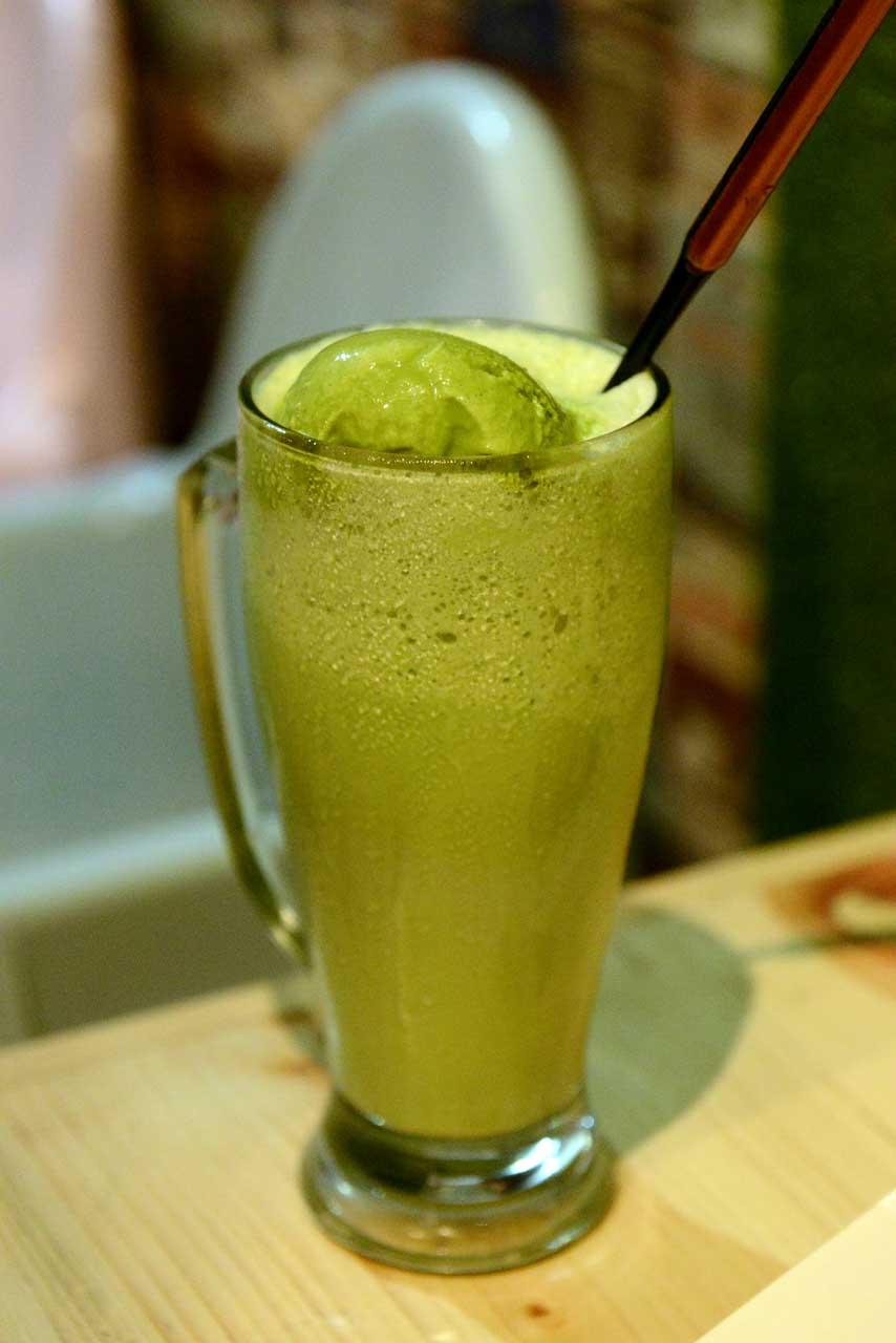 green tea patbingsu - papatoms cafe - wisata kuliner bandar lampung - 2