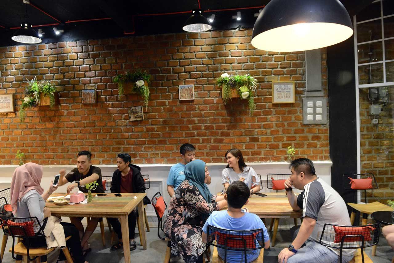 flipflop coffee - cafe baru di bandar lampung - yopie pangkey - keliling lampung - 7