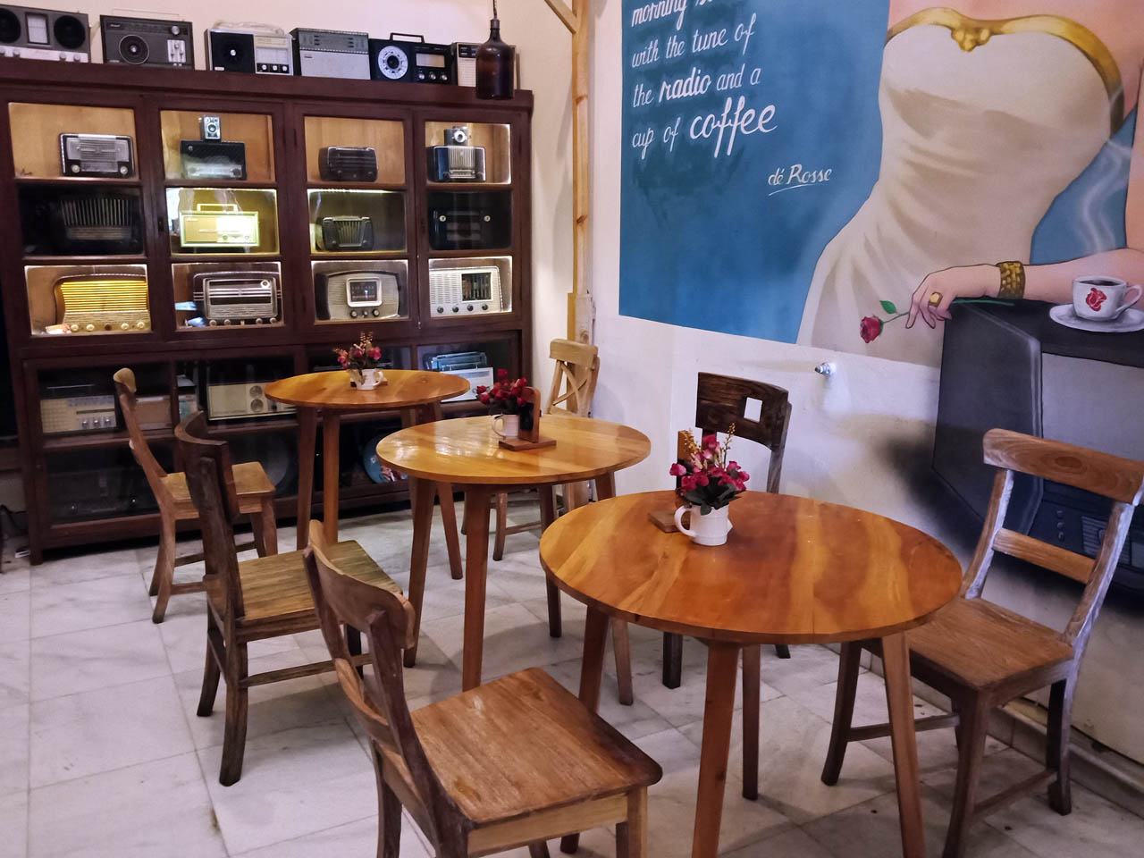 Cafe De Rosse - tempat makan enak di bandar lampung - yopie pangkey - 1