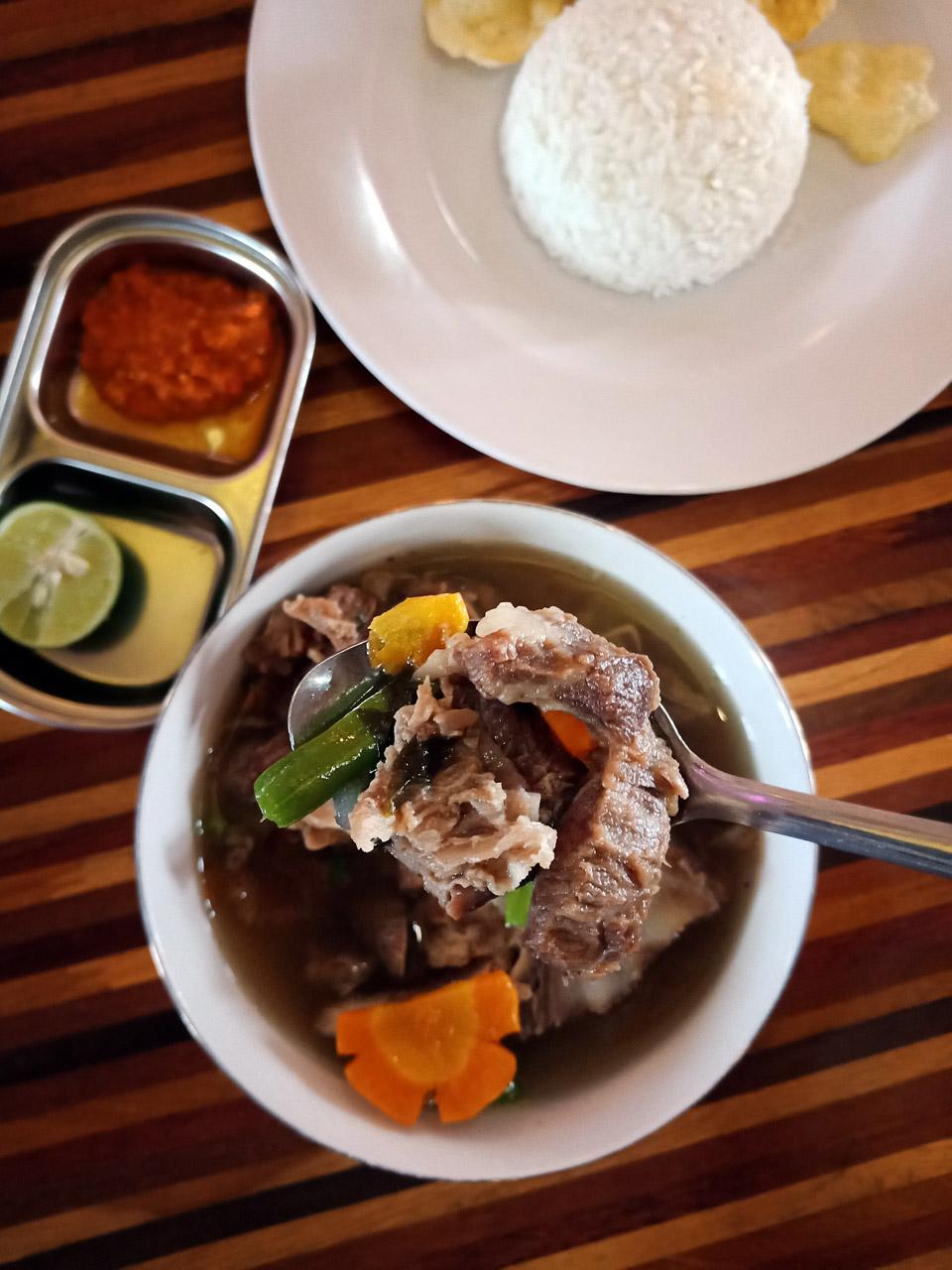 Cafe De Rosse - tempat makan enak di bandar lampung - yopie pangkey - 5