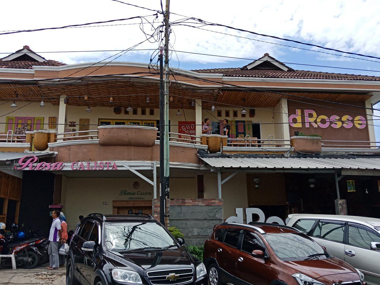 Cafe De Rosse - tempat makan enak di bandar lampung - yopie pangkey - 8