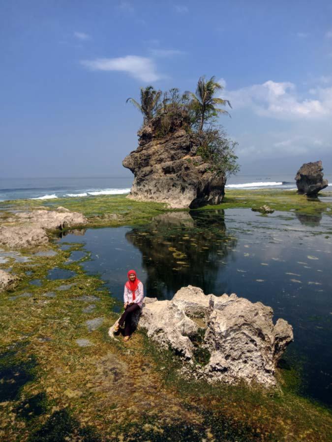 Batu Guri Pulau Pisang - Pesisir Barat - Lampung - Yopie Pangkey - 4