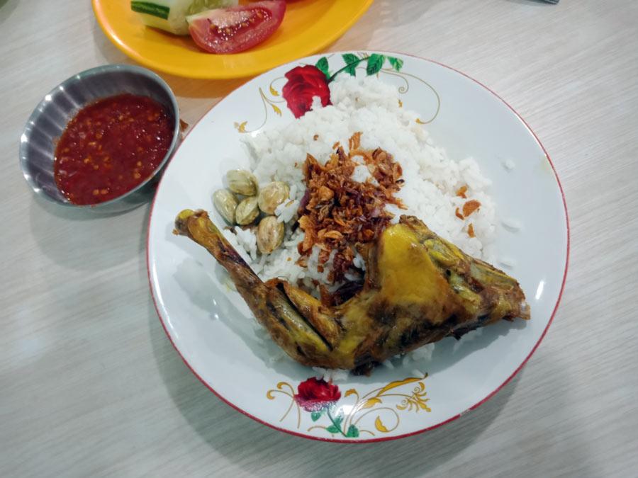 Nasi Uduk Toha Bandar Lampung - yopiefranz.id - Yopie Pangkey - 1