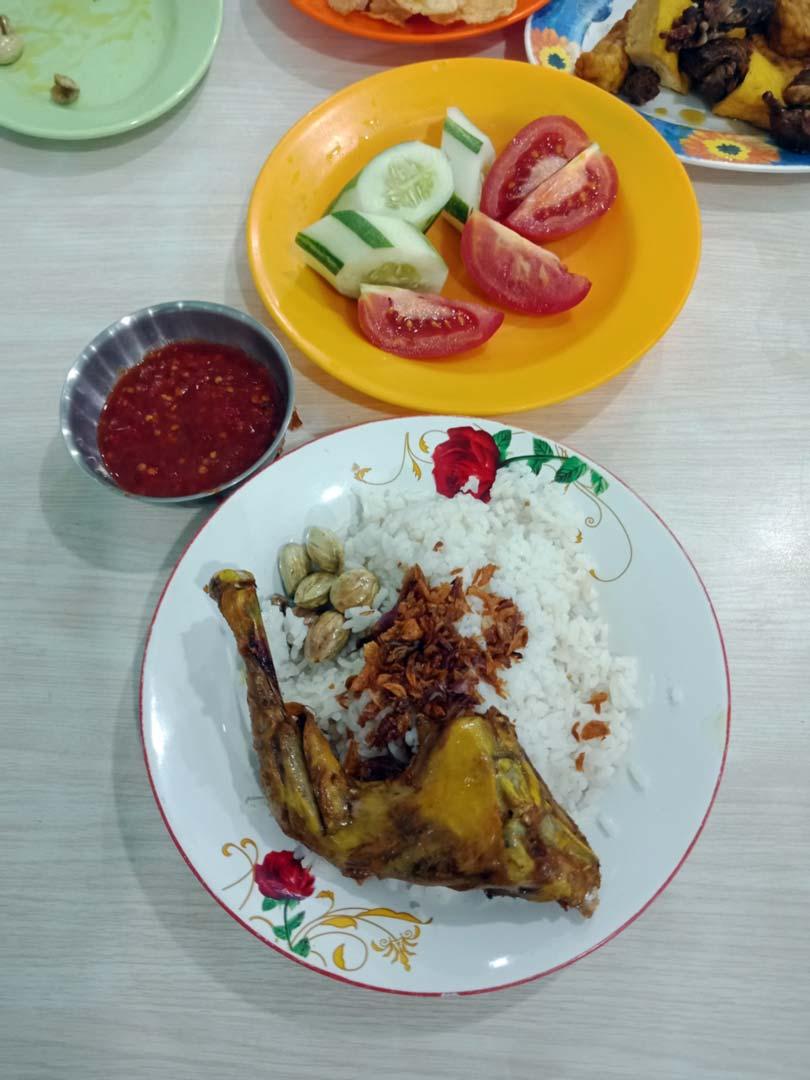 Foto Gambar Nasi Uduk Toha Bandar Lampung - yopiefranz.id - Yopie Pangkey - 2