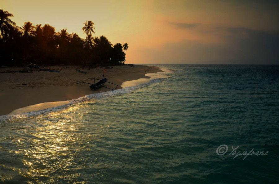 Sunset Banana Island - yopiefranz