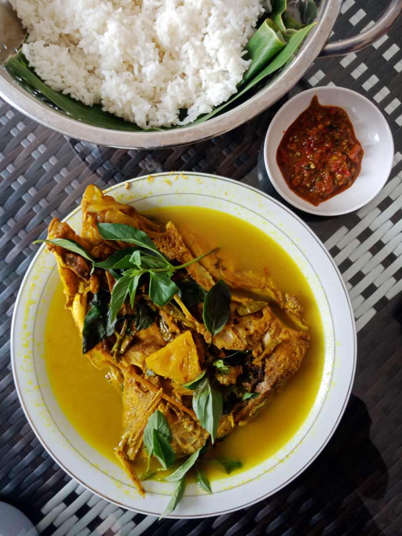 Warung Makan Pindang Kepala Simba Restu Murni - yopiefranz.id - Yopie Pangkey - 2