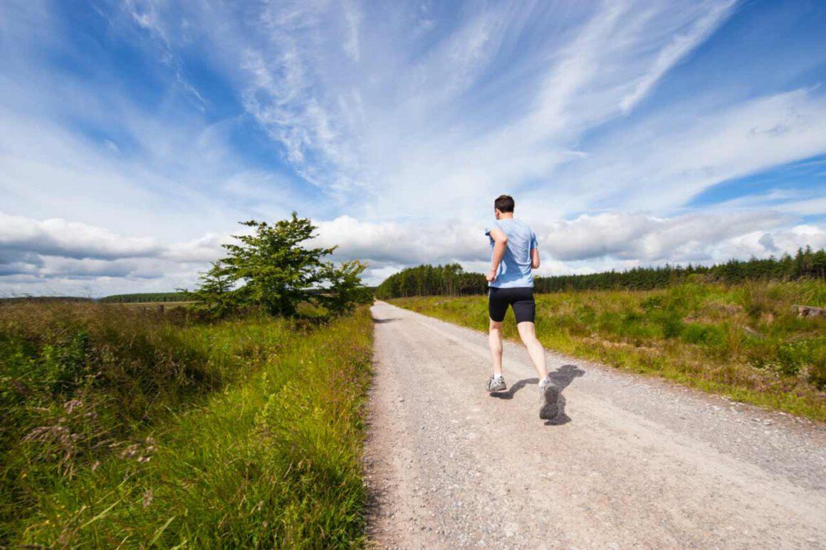 manfaat olahraga rutin - manfaat berolahraga secara rutin - jenny-hill-mQVWb7kUoOE-unsplash