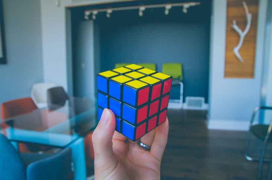 contoh bilangan kubik adalah - NeONBRAND Unsplash